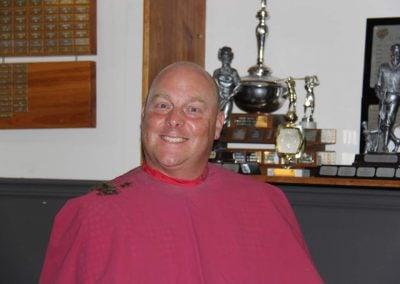 Christain Doiron a dû se soumettre à se faire raser (Défi tête rasée pour le cancer) lors d'un encan qui a dépassé la mise